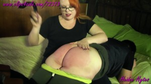 Heidee Loves Spanking Deanna's Ass!